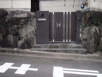 奈良市 F邸 門周りリフォーム工事 タイル門柱